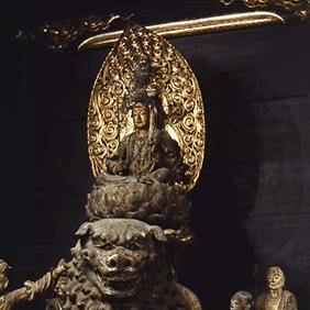 文殊菩薩騎獅像