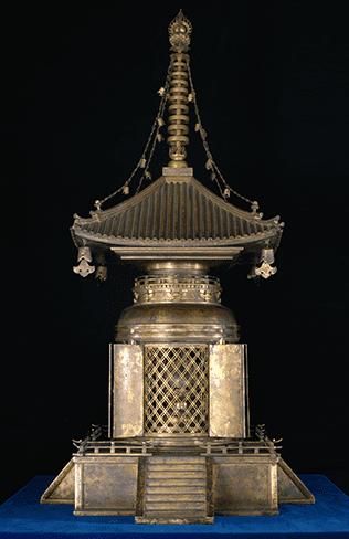 金銅宝塔(壇塔)